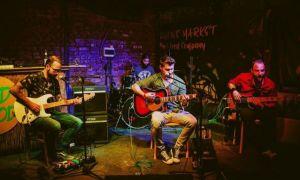 """Răsfăț pentru pasionații de muzică live, un circuit printre cluburile """"culte"""" ale Bucureștiului"""