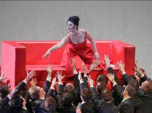 Cu ajutorul camerelor VIDEO: Surprizele Metropolitan Opera