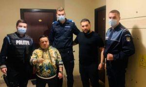 ANCHETĂ după ce Adi Minune şi Tzancă Uraganul s-au pozat cu poliţiştii care îi amendaseră