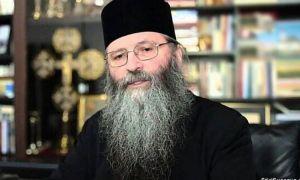 Starețul de la Mănăstirea Bogdana, în stare critică în Spitalul Militar din București, cu COVID-19