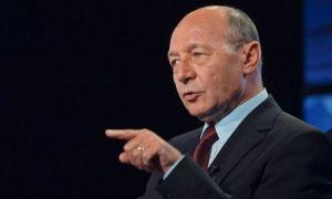 Traian Băsescu: Lichelismul politic a ajuns la culmi. USR face ca maimuța după PSD