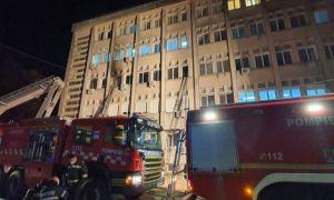 AJUTOARE de urgență pentru familiile victimelor incendiului de la Piatra Neamț