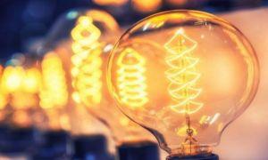 Precizări importante pentru consumatori: Cum EVITAȚI vizita la ghișeu pentru schimbarea furnizorului de energie
