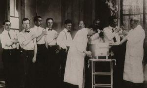 IMAGINEA ZILEI: Cum arată un bilet de vaccinare din 1906