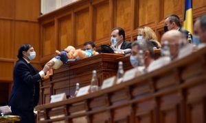 """SCANDAL la dezbaterea bugetului: """"Nu mai puteți să FURAȚI!"""". """"Chiar nu ți-e rușine?"""""""