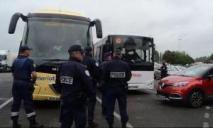 Un autocar cu români care aveau teste PCR false a fost sechestrat în Franța