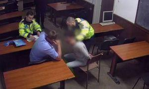 Poliţiştii torţionari de la Secţia 16, acuzaţi de o nouă VICTIMĂ. Ce i-au făcut unei femei