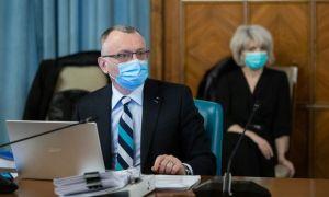 """Ministrul Educației: """"Profesorii care nu sunt vaccinați ar putea PREDA doar online"""""""
