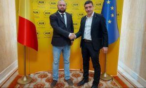 Doi membri USR s-au înscris în Alianţa pentru Unirea Românilor (AUR)