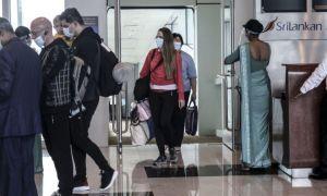 Peripețiile trăite de un grup de TURIȘTI români în drumul spre VACANȚA din Maldive