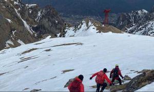 ALERTĂ în masivul Bucegi: Șapte turiști francezi, BLOCAȚI pe Vârful Caraiman