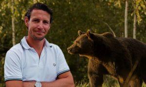 Prințul din Liechtenstein RUPE tăcerea. Ce spune despre ursul Arthur, omorât la vânătoare