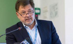 Alexandru Rafila, despre vaccinarea minorilor: Părinţii trebuie să ştie că eficacitatea vaccinului este chiar mai mare decât în cazul adulţilor