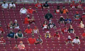 Ce condiții obligatorii trebuie să îndeplinească fanii pentru a putea intra pe stadioane