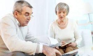 Guvernul pregătește INTERZICEREA cumulul pensiei cu salariul la stat