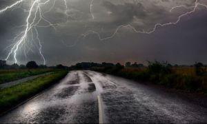 COD PORTOCALIU de furtuni în 2 județe. COD GALBEN în 29 de județe și în București