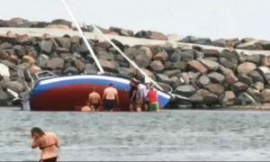 Un velier cu trei persoane S-A RĂSTURNAT pe lacul Siutghiol