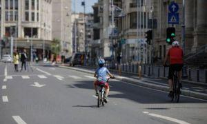 Străzile din centrul Bucureștiul vor deveni pietonale doar sâmbăta în următoarele două weekenduri