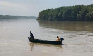 ALERTĂ în Tulcea: Două surori sunt căutate în Dunăre