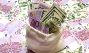 Eurobarometru: 75% dintre români își doresc adoptarea monedei Euro
