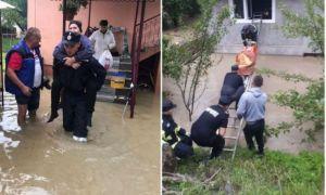 IMAGINILE ZILEI: Inundații puternice în cinci județe. Situația localităților afectate