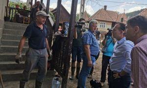 UPDATE Florin Cîțu, în zonele afectate de INUNDAȚII. Ce le-a promis oamenilor, declarațiile premierului