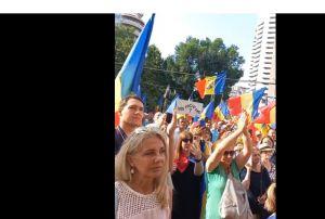 PROTEST în Piata Universității față de posibilele RESTRICȚII pentru nevaccinați