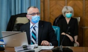 """Ministrul Educației INSISTĂ: """"Pledez pentru şcoală cu prezenţă fizică, atât cât se poate"""". Ce se poate face"""