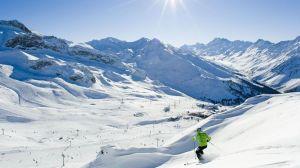 Un turist a dat în judecată statul austriac pentru că a făcut COVID-19 în Alpi. Ce DAUNE cere
