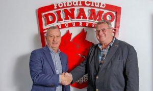 Mircea Rednic, prezentat OFICIAL la Dinamo! Ce obiectiv are în acest sezon