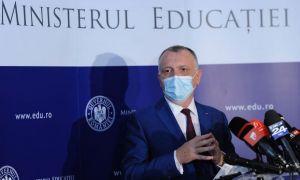 Ministrul Cîmpeanu cere directorilor de școli mai mult CURAJ și responsabilitate pentru închiderea școlilor