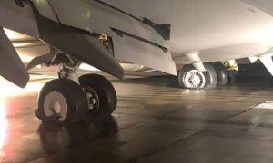ULTIMA ORĂ: INCENDIU la trenul de aterizare a unui avion pe Aeroportul din Cluj