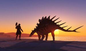 Eurobarometru: 1 din 3 români crede că oamenii au trăit în același timp cu dinozaurii