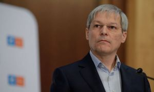 """Dacian Cioloș răspunde ofertei PNL: """"Haideți să ne așezăm la masă!"""""""