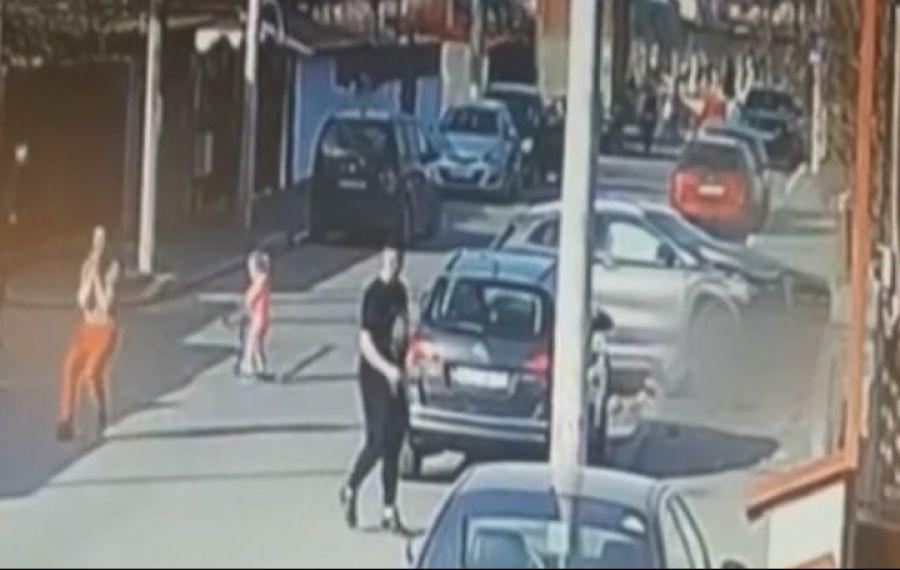 Femeia beată care a ucis două fete cu mașina în Capitală a fost lăsată în libertate